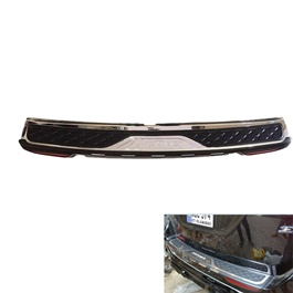 Toyota Fortuner Rear Bumper Protector With Reflector - Model 2016-2020-SehgalMotors.Pk